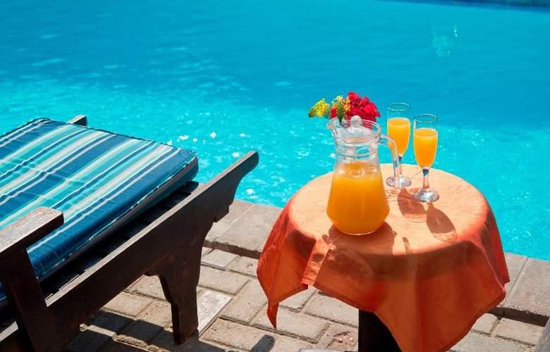 Protea Hotel Long Beach Lodge - Pool - 10
