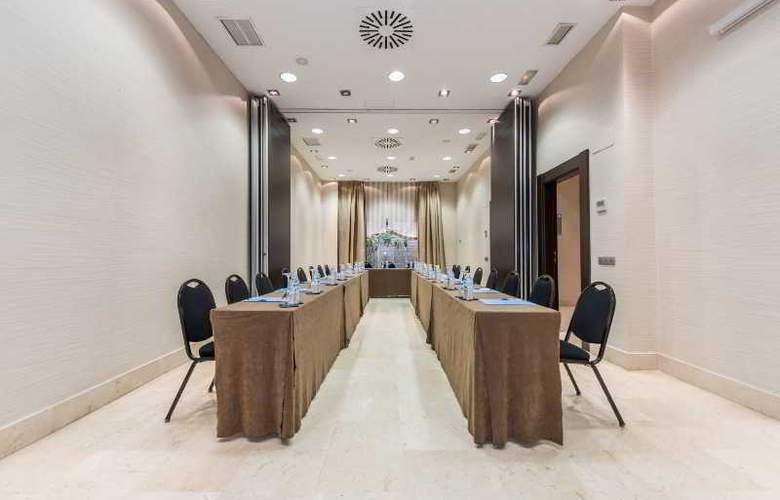 Mercader  - Conference - 19