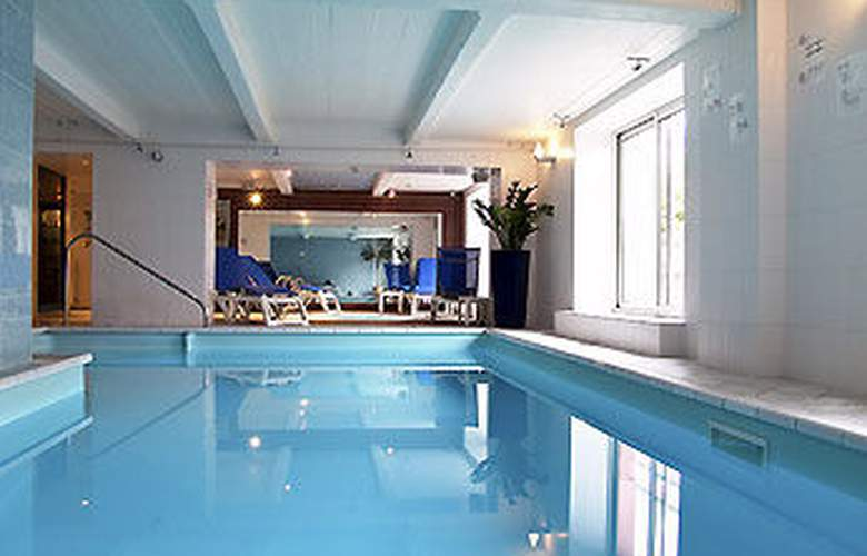 Mercure Epinal Centre - Pool - 3