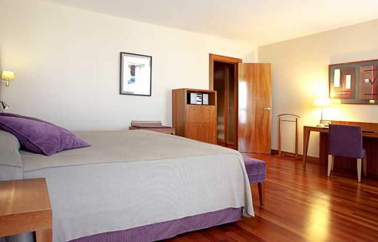 NH Ciudad de Almeria - Room - 7