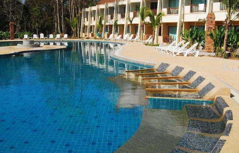 Lanta Resort - Pool - 7
