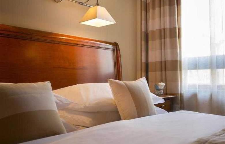 Best Western Premier Astoria - Hotel - 85