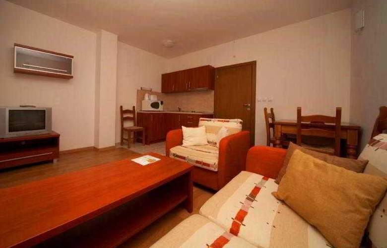 Winslow Residence - Room - 8