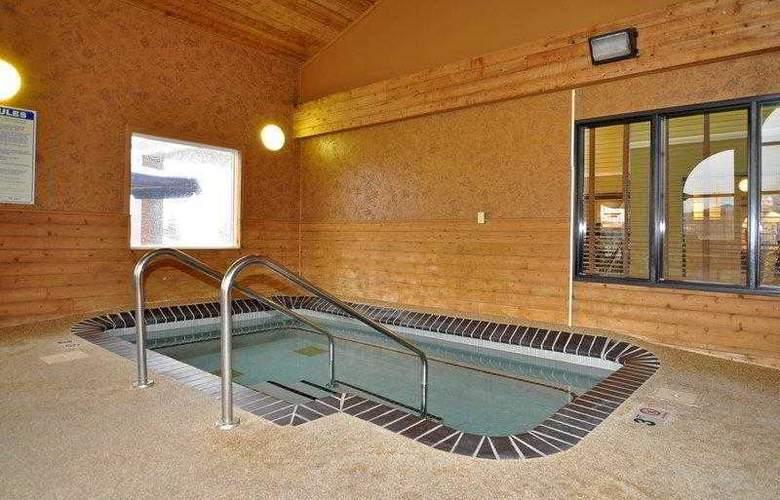 Best Western Alexandria Inn - Hotel - 10