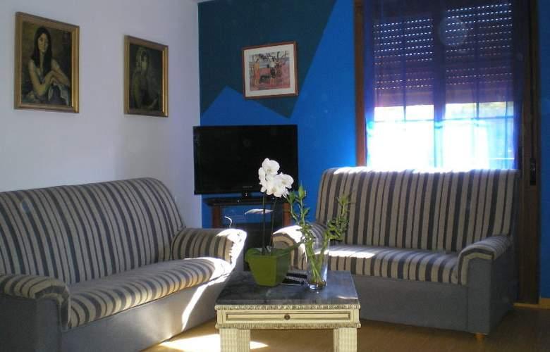 Apartamentos Aragon - Hotel - 0