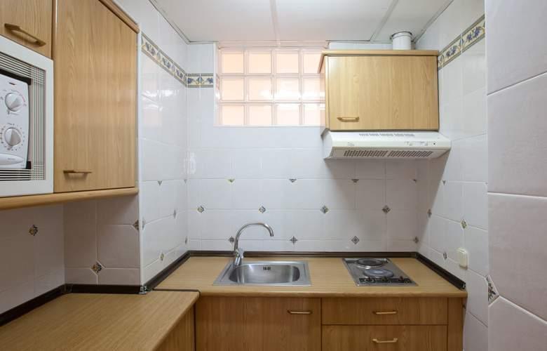 Seramar Sunna Park Apartments - Room - 9