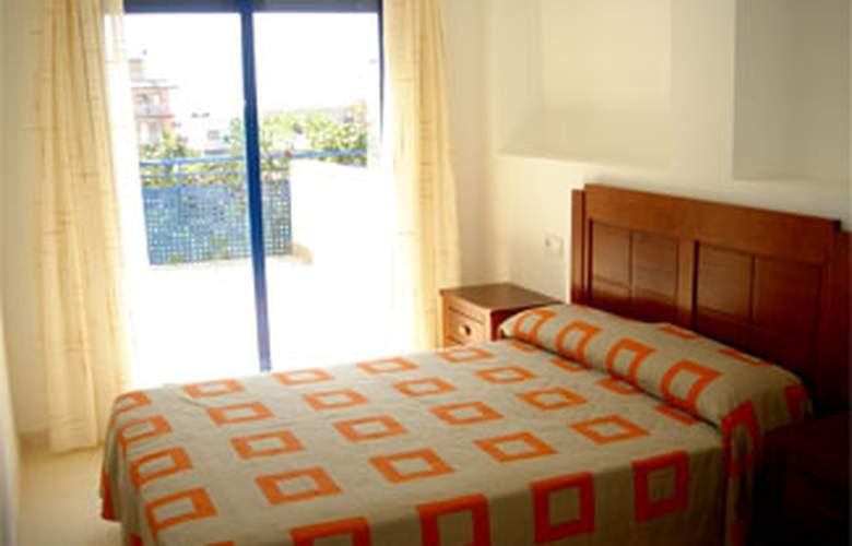 Apartamentos San Damián 3000 - Room - 5