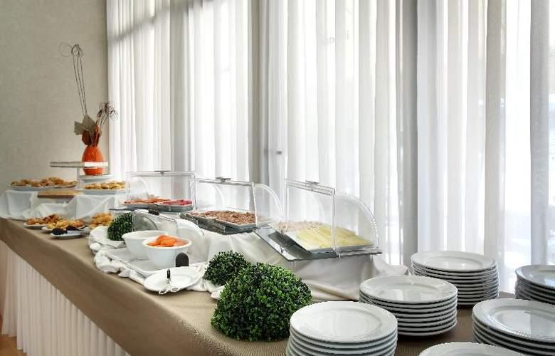 Exe Sevilla Palmera - Restaurant - 23
