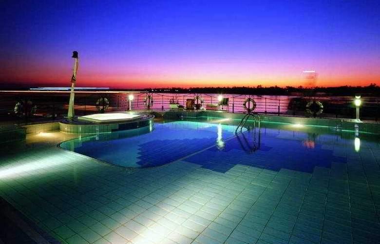 M/S Grand Princess Nile Cruise - Pool - 5