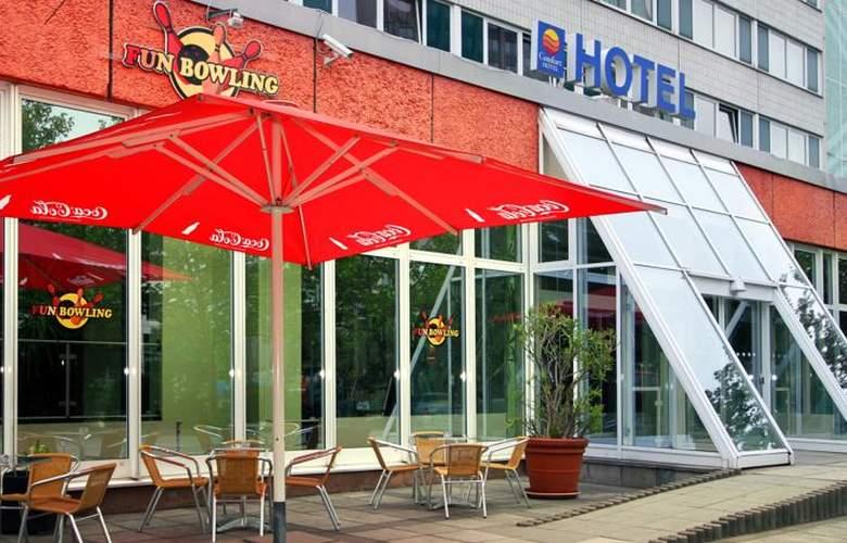 Comfort Hotel Berlin Lichtenberg - Terrace - 5