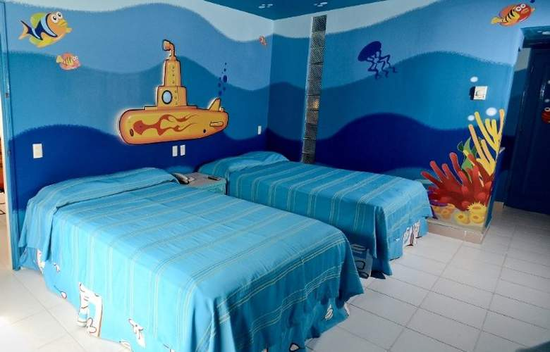 Grand Oasis Palm - Room - 3