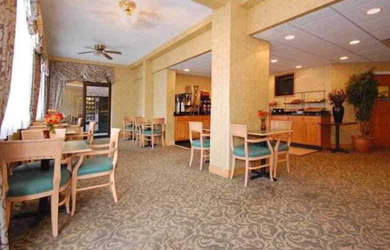Comfort Inn & Suites Airport Camp Creek - General - 0