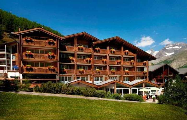 Schweizerhof Swiss Quality Gourmet- and SPA Hotel - General - 2
