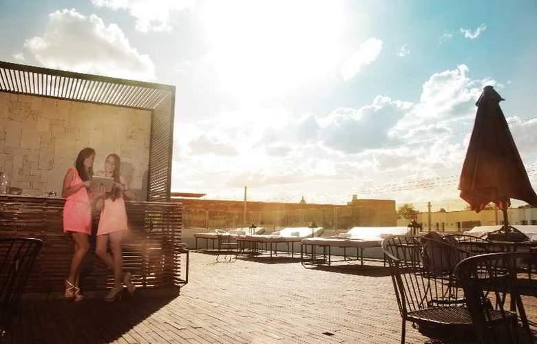 Art Hotel Boutique - Terrace - 3