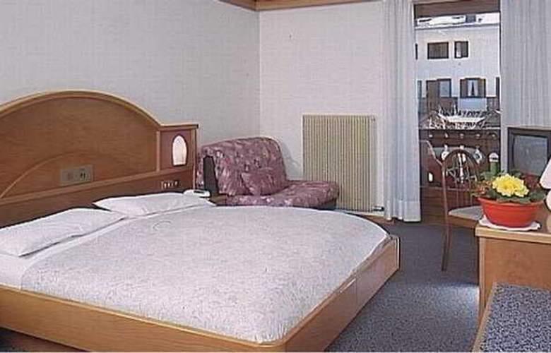 St Raphael - Room - 3