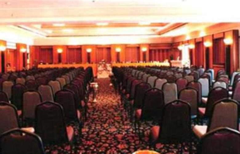 The Malla - Conference - 2