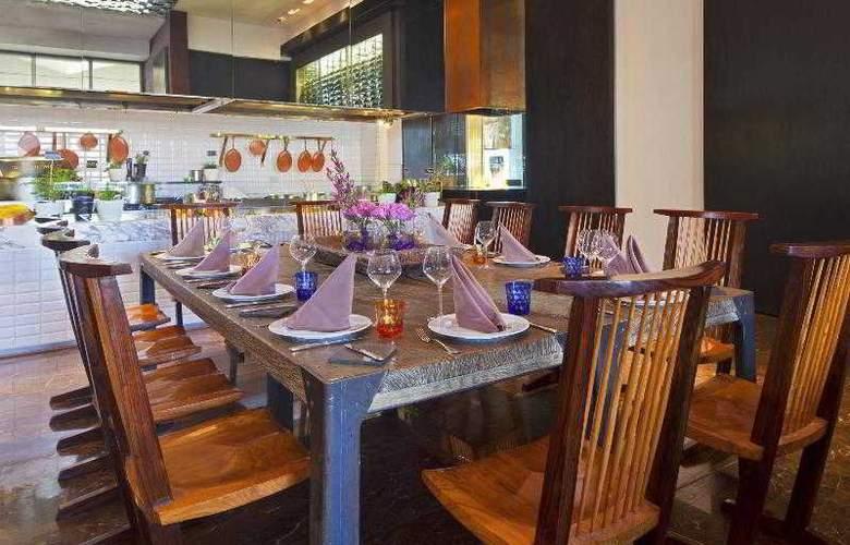 W Santiago - Restaurant - 36