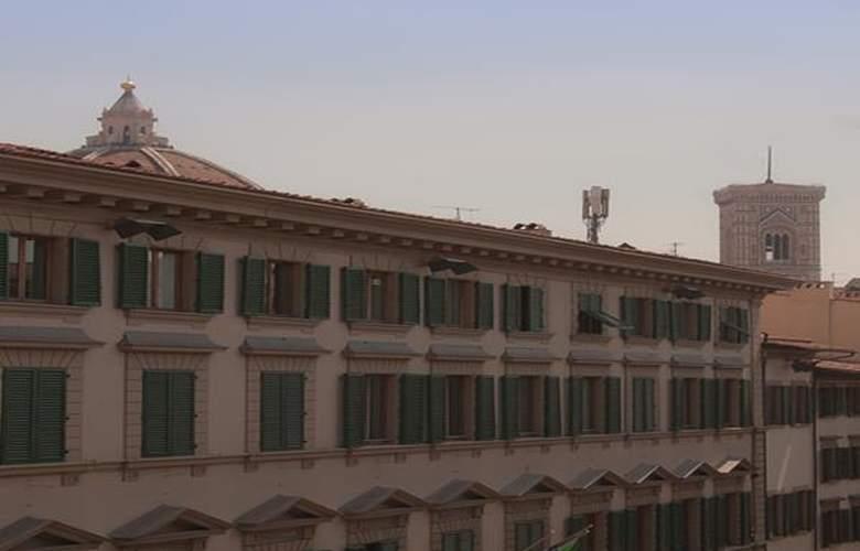 Gioia - Hotel - 0