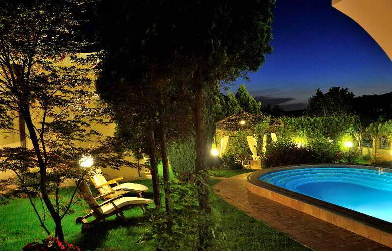 Villa Saga Paradiso - Pool - 3