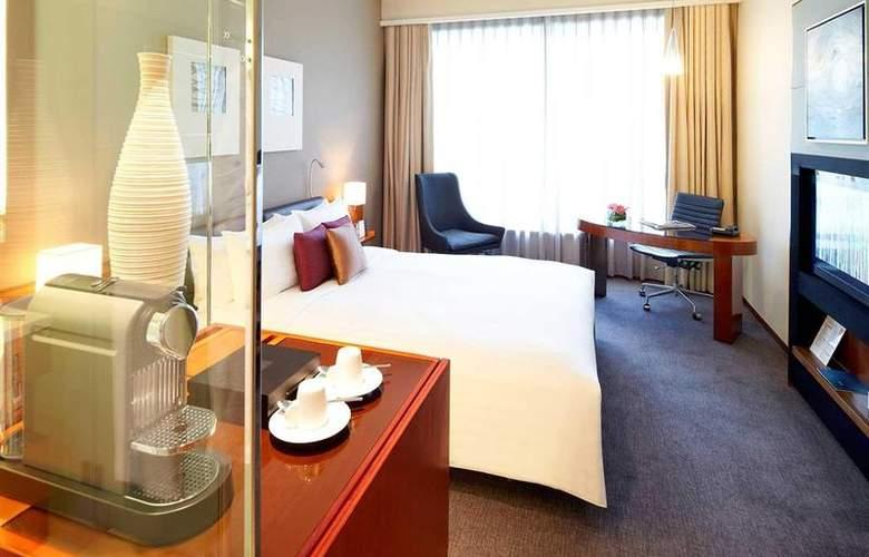 Novotel Hong Kong Citygate - Room - 56