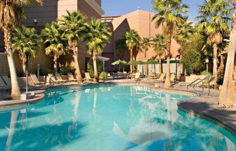 Sam´s Town Hotel & Gambling Hall - Pool - 2