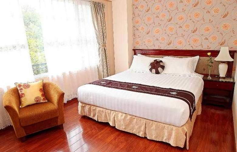 Flower Hotel - Room - 8