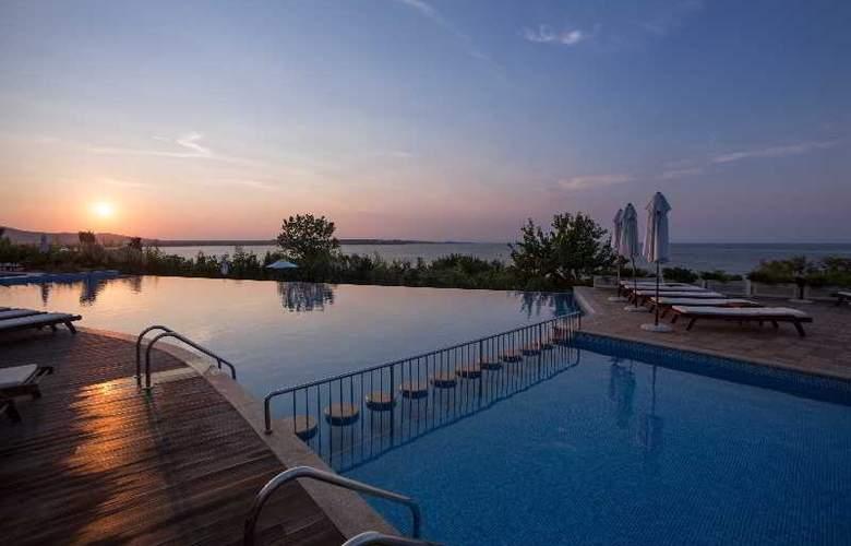 Santa Marina Sozopol - Pool - 20