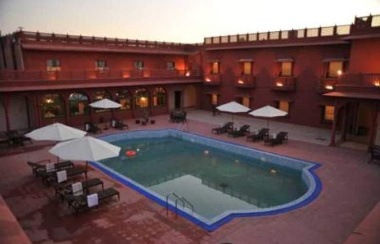 Vesta Bikaner Palace - Pool - 6
