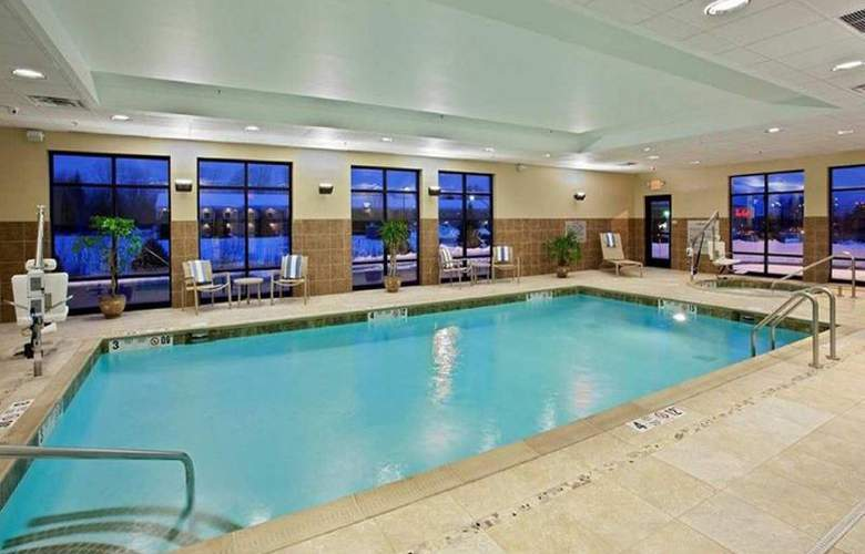 Hampton Inn Brockport - Pool - 17