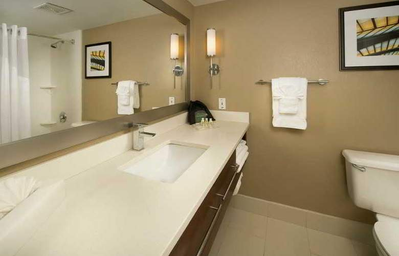 Holiday Inn Miami-Airport West Doral - Room - 5