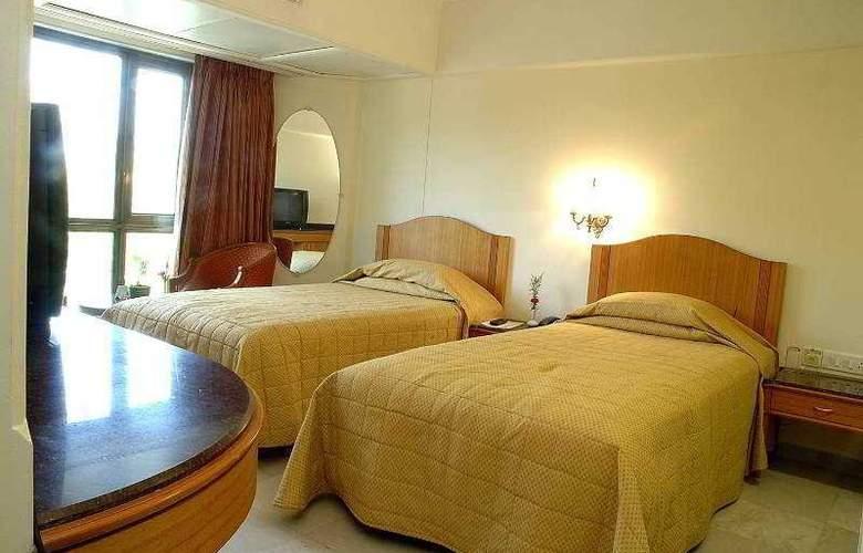 Ramee Guestline- Dadar - Room - 9