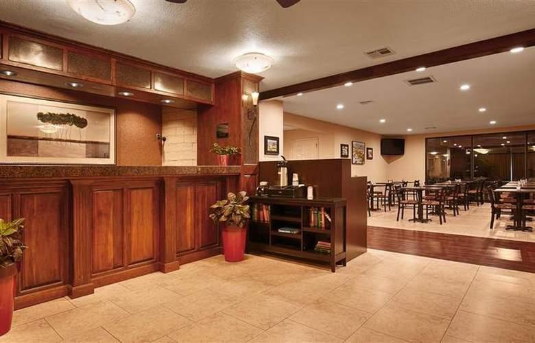 Best Western Plus Orchard Inn - General - 40
