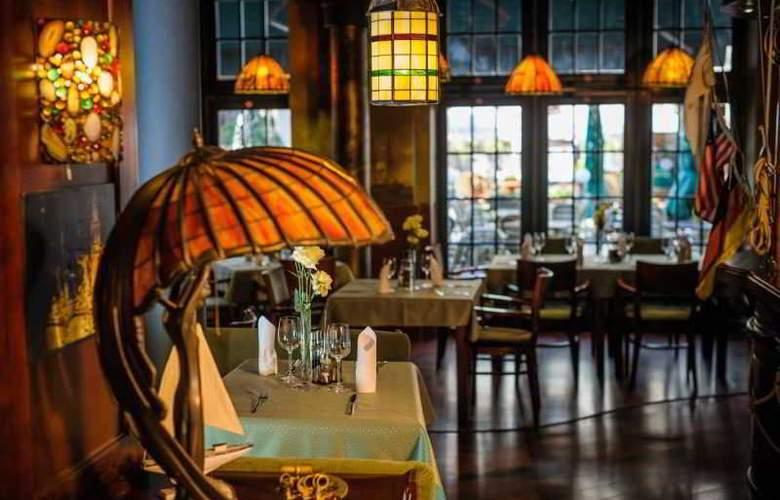 Holland House Residence - Restaurant - 8