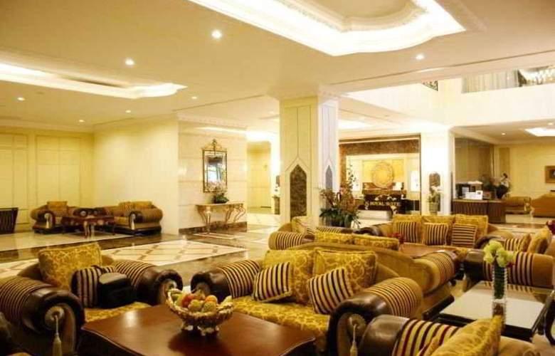 LK Royal Suite - General - 1