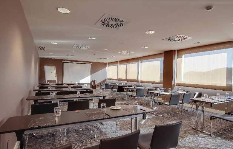 Rafaelhoteles Forum Alcala - Conference - 34