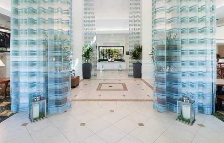 Hilton Garden Inn Frisco - Hotel - 4