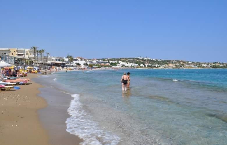 Zorbas - Beach - 5