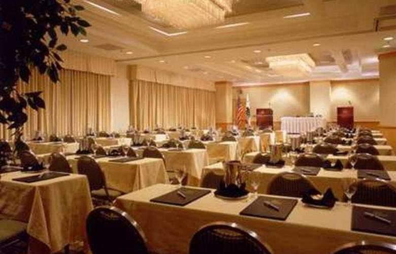 Doubletree Suites Santa Monica - Conference - 9