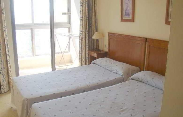 Apartamentos Gemelos XX Aloturin - Room - 7