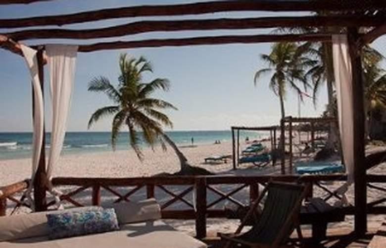 Hemingway Romantiecoresort - Beach - 6