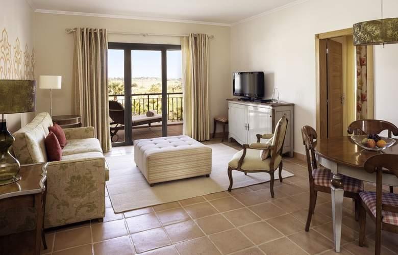 Cascade Wellness & Lifestyle Resort - Room - 11