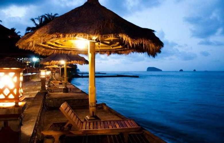 The Rishi Candidasa Beach - Beach - 8