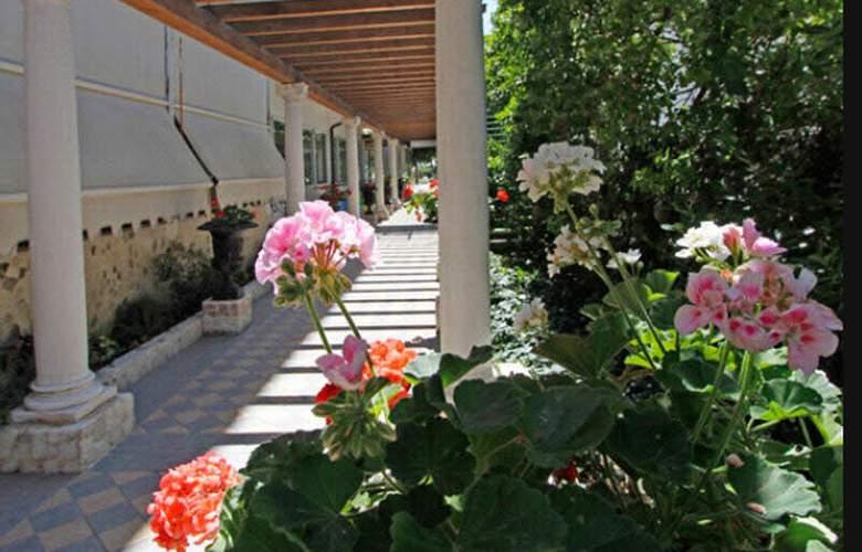 Park Hotel Cellini - General - 5