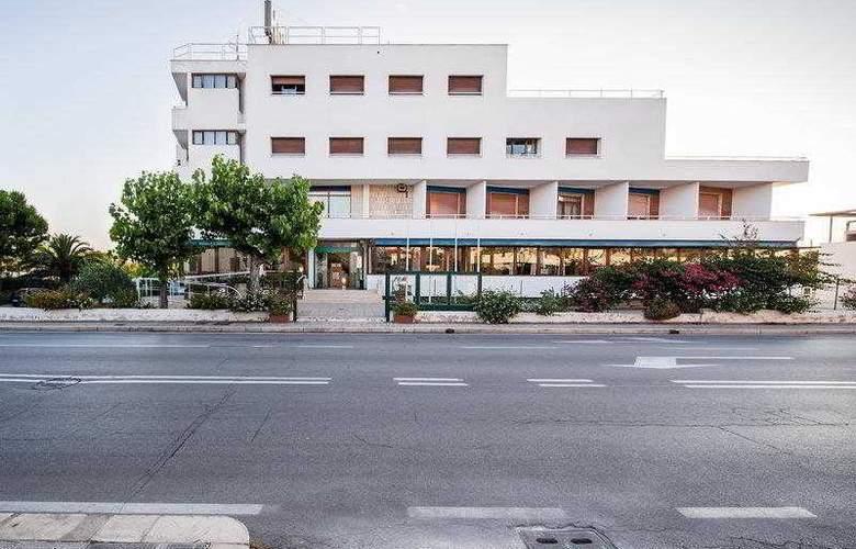 BEST WESTERN La Baia Palace Hotel - Hotel - 1