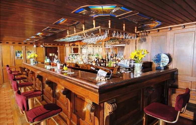 Del Lago Resort & Spa - Bar - 6