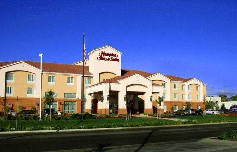 Hampton Inn & Suites Redding - Hotel - 0