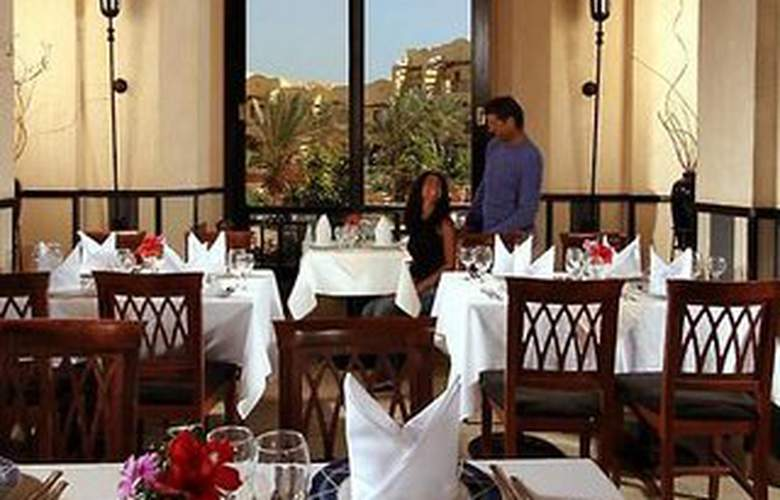 Jaz Solaya Resort - Restaurant - 5