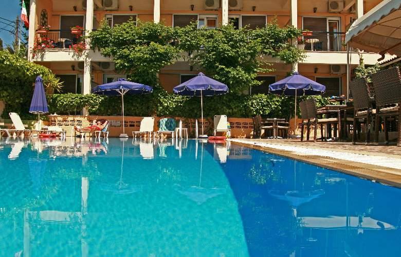 Telesilla Corfu - Pool - 2