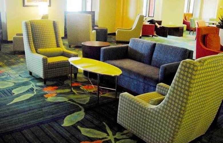 Quality Inn Boston-Revere - Hotel - 0