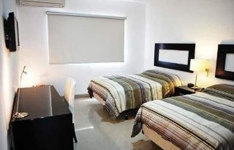 Brandt Ejecutivo Colonial Los Robles - Room - 0